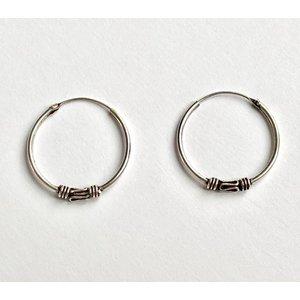 Bali hoops 18 mm zilver