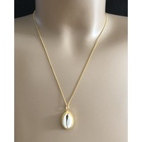 Goldplated ketting Cowrie shell