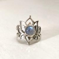 Zilveren ring Maansteen Lotus