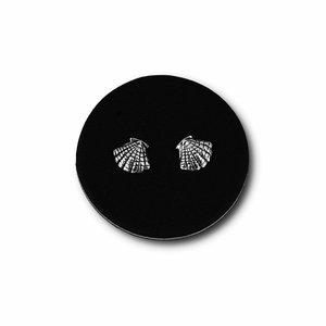 Zilveren oorknopjes Schelp