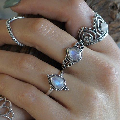 Zilveren ring maansteen Lynn