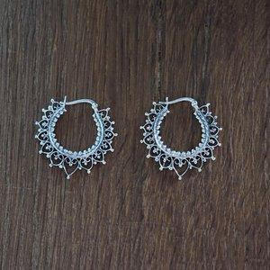 Zilveren oorbellen Namkhai