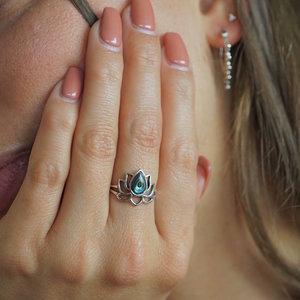 Zilveren ring Lotus Abalone #8