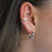 Zilveren earcuff triple wave