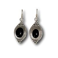 Zilveren oorbellen Black Onyx