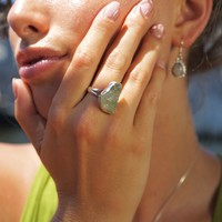Zilveren ring ruwe aquamarijn (maat 7,5)