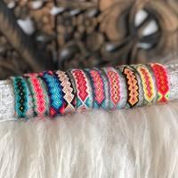 Geweven armbandje / enkelbandje Benirras