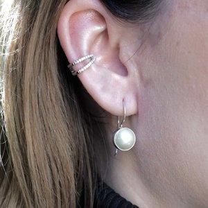 Zilveren oorbellen zoetwaterparel