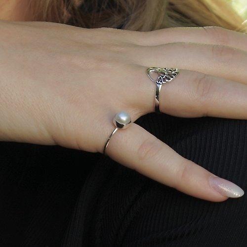 Zilveren ring zoetwaterparel