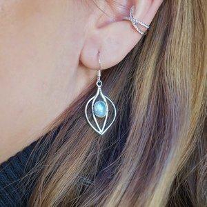 Zilveren oorhangers Maansteen