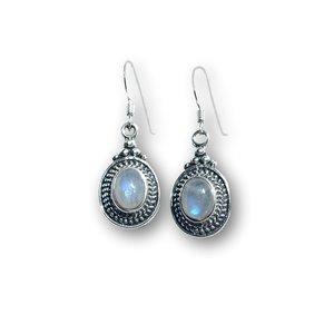 Zilveren oorbellen Moonstone