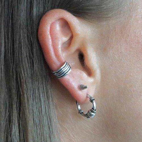 Zilveren earcuff Narai