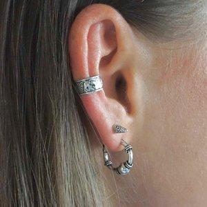 Zilveren earcuff olifant