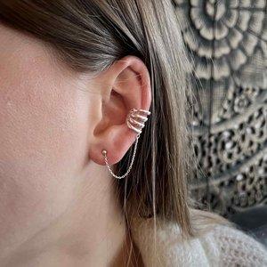 Zilveren chain earcuff Quattro