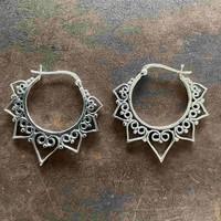 Zilveren oorbellen Maha