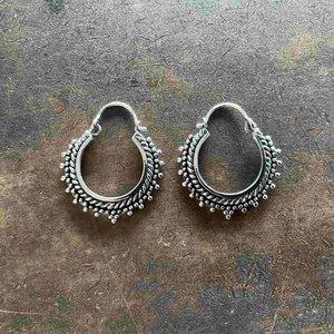 Zilveren oorbellen Anjana