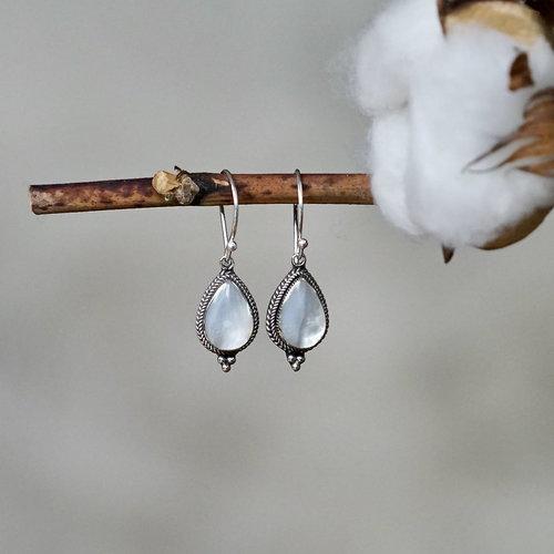 Zilveren oorbellen Shell