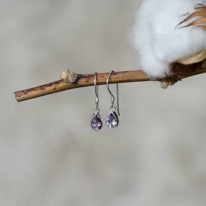 Zilveren oorbellen geslepen Amethist
