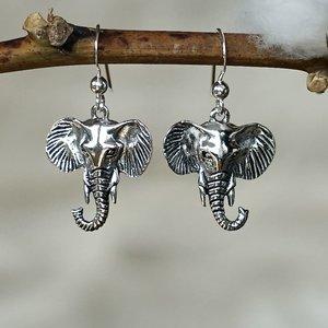 Zilveren oorbellen Olifant Chang