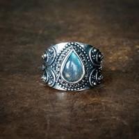 Zilveren ring Labradoriet Manisha