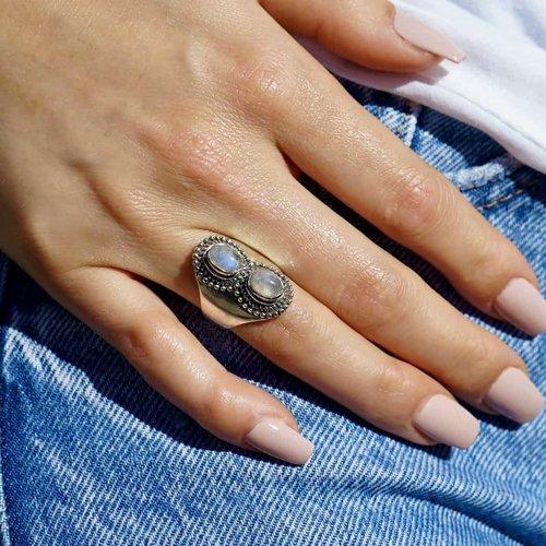 Zilveren ring double Moonstone