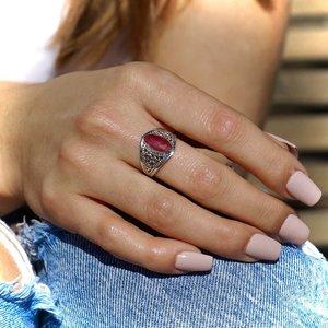 Zilveren ring met Robijn Aadityana