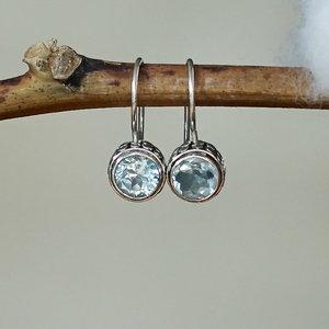 Zilveren oorbellen Blue Topaz Pujung