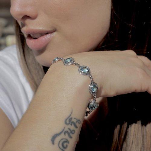 Zilveren armband blauwe Topaas