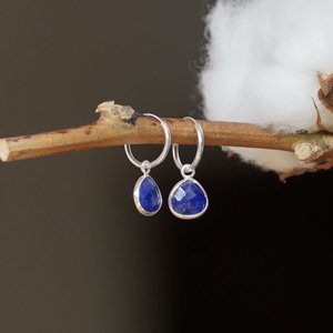 Zilveren hoop oorringen Blauwe Saffier