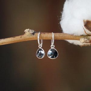 Zilveren hoop oorringen zwarte Spinel