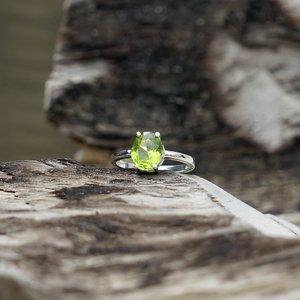Zilveren edelsteen ring Peridot