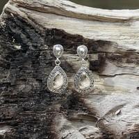Zilveren oorknopjes Bali Love