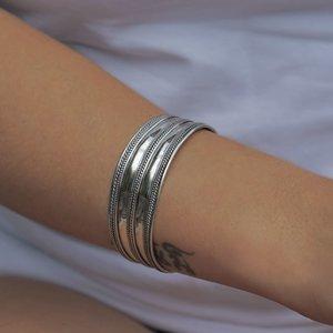 Zilveren  brede Bali style  armband