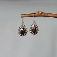 Zilveren Granaat oorbellen