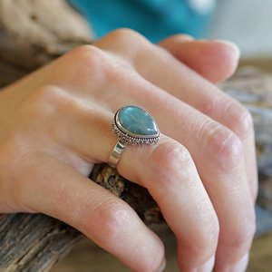 Zilveren ring Labradoriet Putu