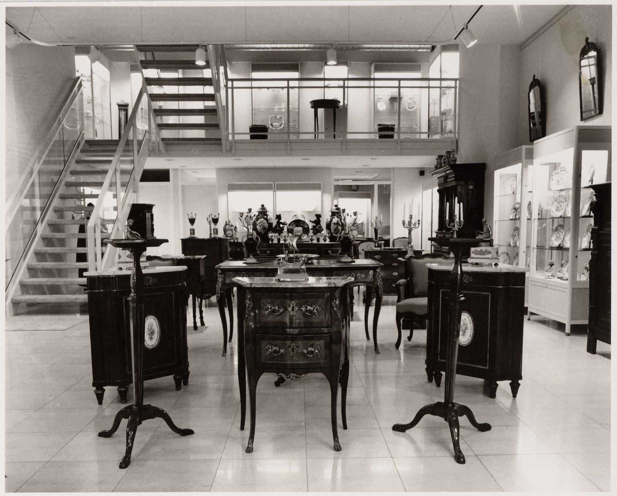 Aronson Antique shop Amsterdam