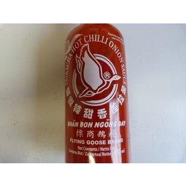 sriracha chilli sauce ui 455ml