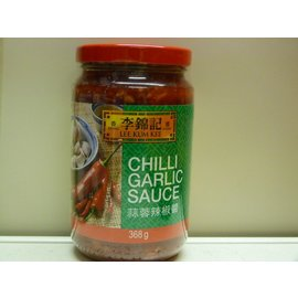 Lee Kum Kee chilli garlic sauce 368gr