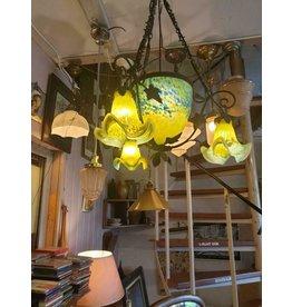 Noverdy Art de France Pate de verre  fer force kroonluchter lamp geel met azuurblauw drie tulp kapjes