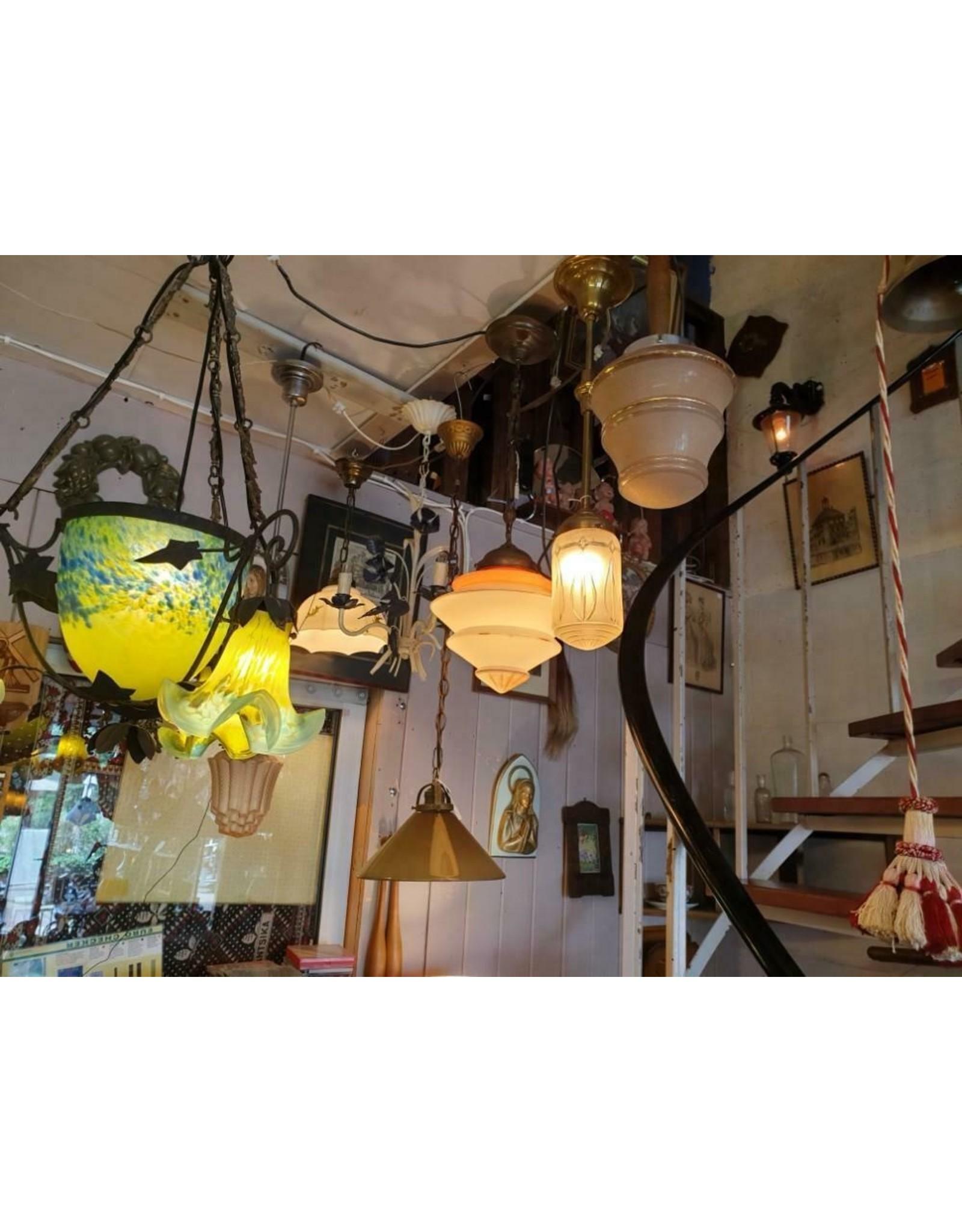 Noverdy Art de France Glaspasta smeedijzeren armatuur kroonluchter lamp geel met azuurblauw drie tulp kapjes