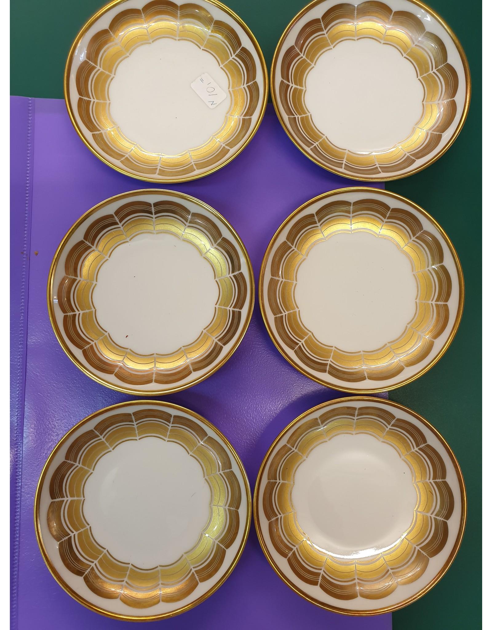 Hutschenreuter 6 Petit foures of pinda schaaltjes wit gouden biezen