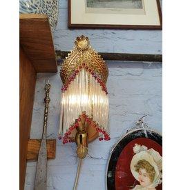 Wandlampje glaspegels rode kralen