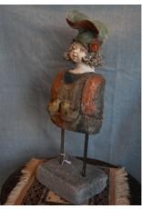 An Rijpers Circus clown artieste  close in beeld torso van An Rijpers