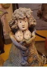 An Rijpers An Rijpers Keramiek  moeder met tweeling
