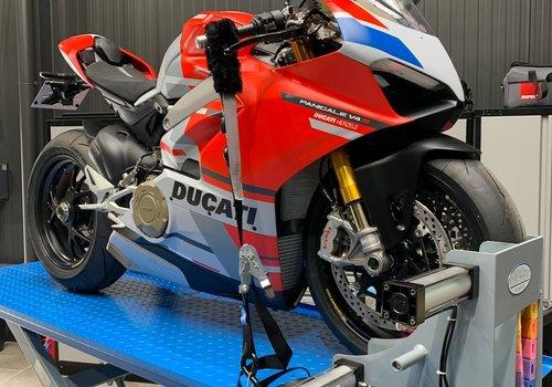 Moto's behandelingen