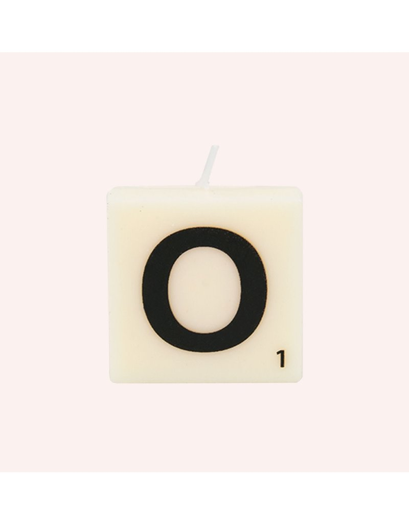 The Gift Label Letter kaarsen - O