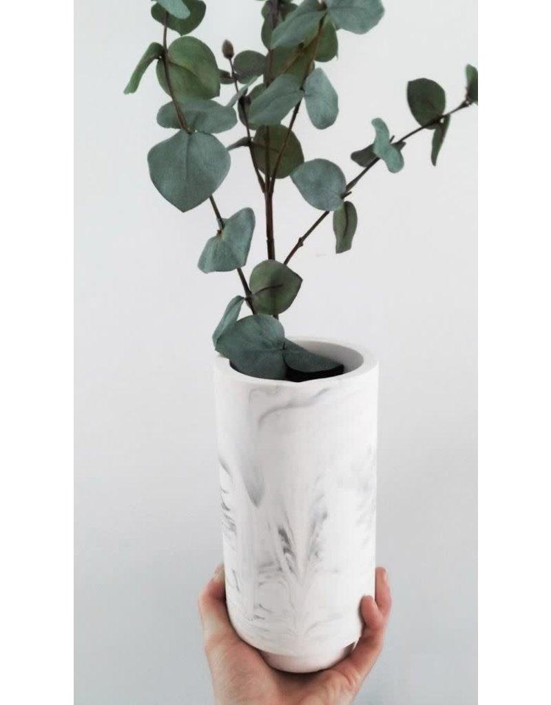HOUSE RACCOON Vaas – White Marble