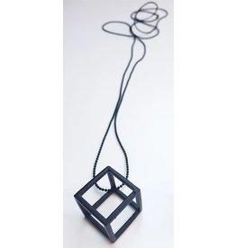 STUDIO PELOEZE Ketting All black 3D cube