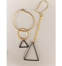 Maison Delclef Oorhanger asymm. met zwarte driehoek