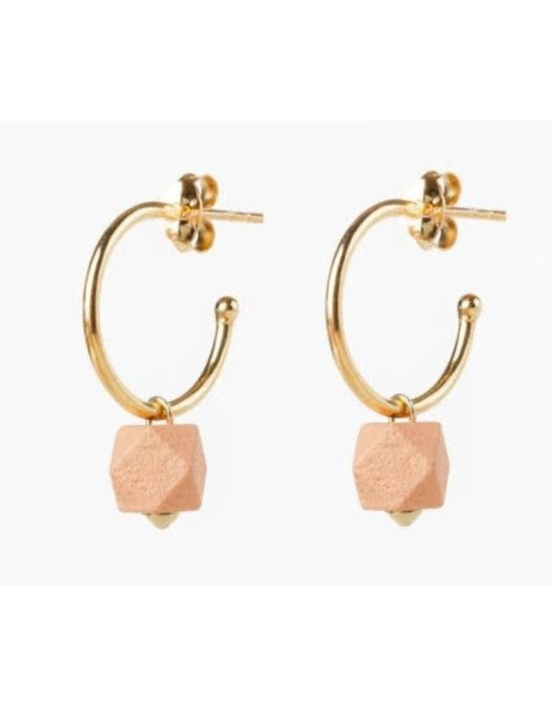 Jacqueline & Compote Facet small hoops - Roze